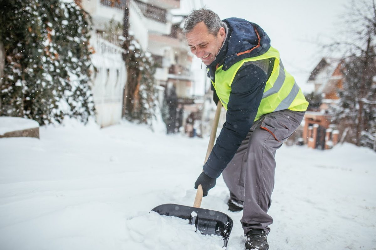 Benefits of Hiring Professional Snow Removal