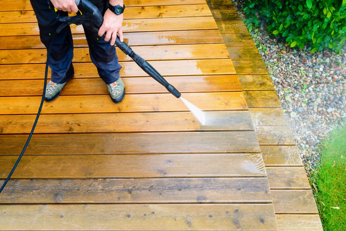Pressure Washing Tips For Beginners