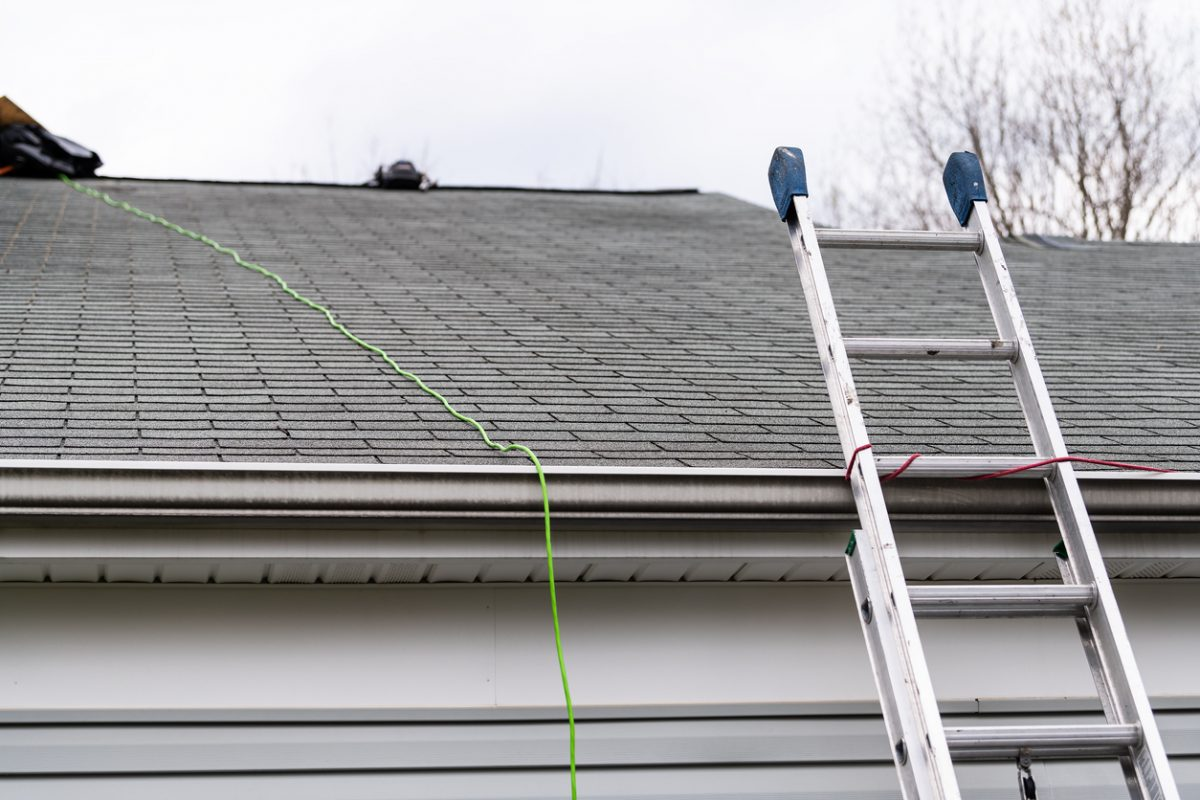 Can I Get My Roof Replaced During The Fall?